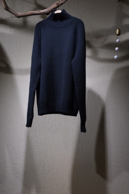 스튜디오 니콜슨 STUDIO NICHOLSON Toesa Jumper English Lambswool - Black