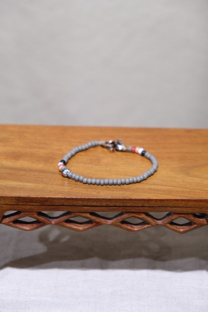 노스웍스 North Works Beads Bracelet - Grey